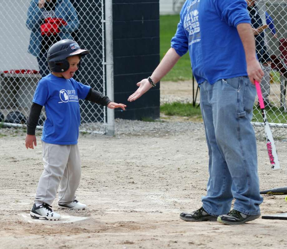 Little League Opening Day 2018 Photo: Mike Gallagher/Huron Daily Tribune