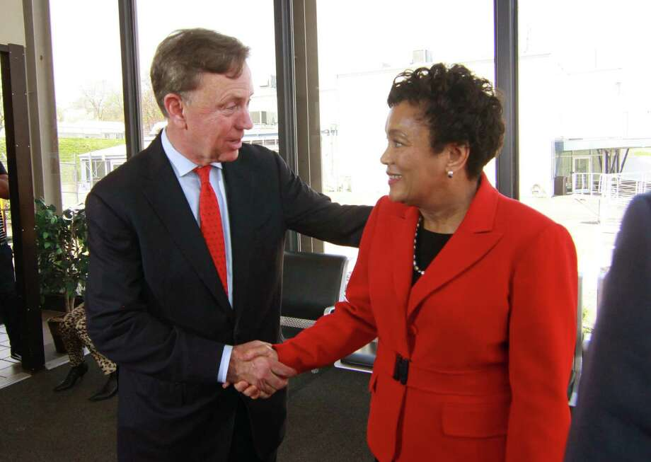 New Haven Mayor Toni Harp, right, shakes hands with democrat Ned Lamont after endorsing him in his candidacy for governor at a press conference held at Tweed Airport in New Haven, Conn., on Thursday May 3, 2018. Photo: Christian Abraham / Hearst Connecticut Media / Connecticut Post