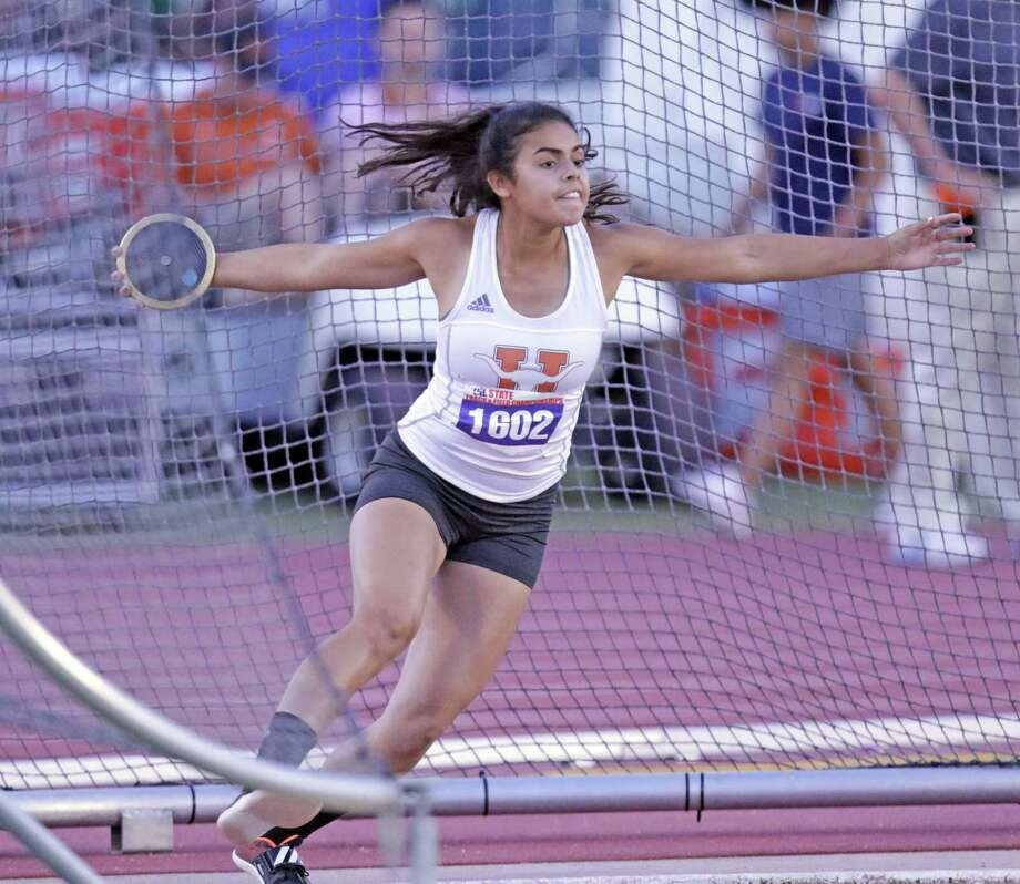 United's Sadey Rodriguez finished third place in the discus at the 2018 Track & Field State Championships at the University of Texas in Austin on Saturday evening. Photo: Clara Sandoval / Laredo Morning Times