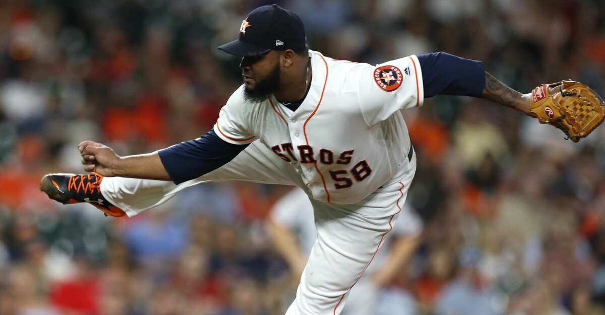 Houston Astros relief pitcher Francis Martes (58) pitches in the eighth inning of an MLB baseball game at Minute Maid Park, Thursday, Aug. 24, 2017, in Houston. ( Karen Warren / Houston Chronicle )