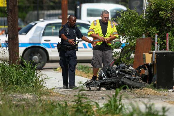 Crash kills motorcyclist in northeast Houston