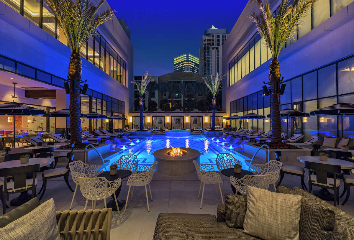 Houstonians with deep pockets have any option to treat their Dad's like kings for a day thanks to the Post Oak Hotel. This week the hotel announced a special high roller package topping out at $25,000 in honor of Father's Day this coming weekend. See what $25K can get Dad at the Post Oak Hotel...