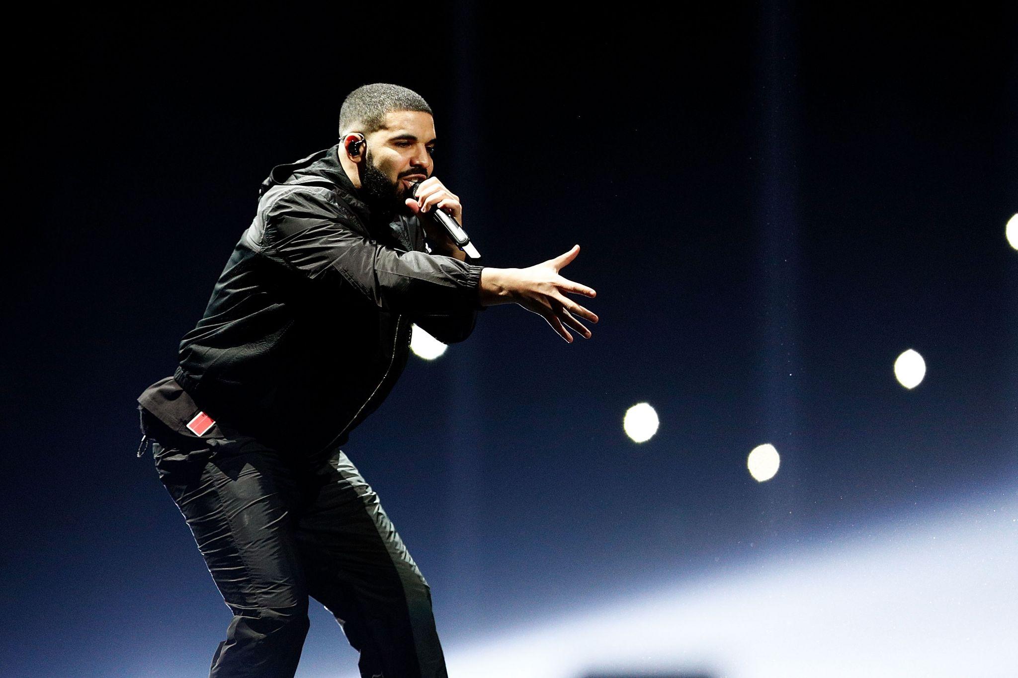 Drake Announces Aubrey And The Three Amigos Tour With Migos Will
