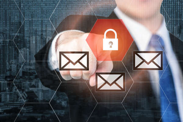 A flaw compromises the security in many popular email clients.