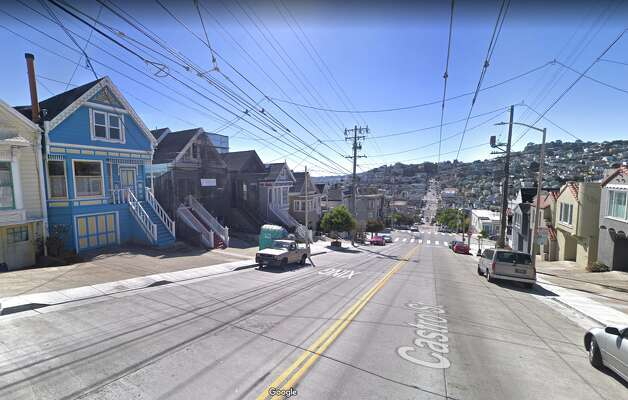 Some things never change: The houses in view, both then and now, have scaffolding in front. Photo: Google Street View