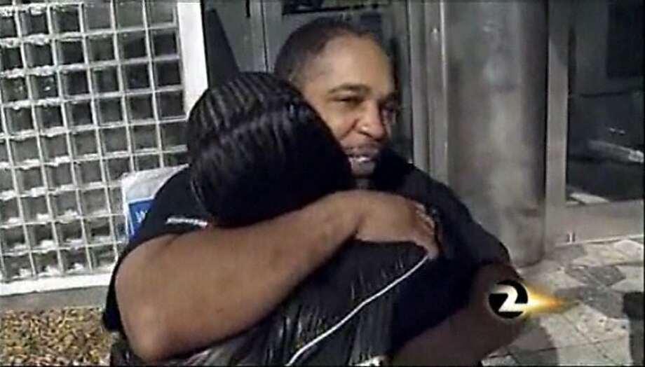 After 20 years behind bars, Maurice Caldwell is released from San Francisco County Jail March 28, 2011. A federal appeals court said on Friday, May 11, 2018, that Caldwell can sue San Francisco police for allegedly manipulating a key witness and falsifying evidence. Photo: Courtesy KTVU /