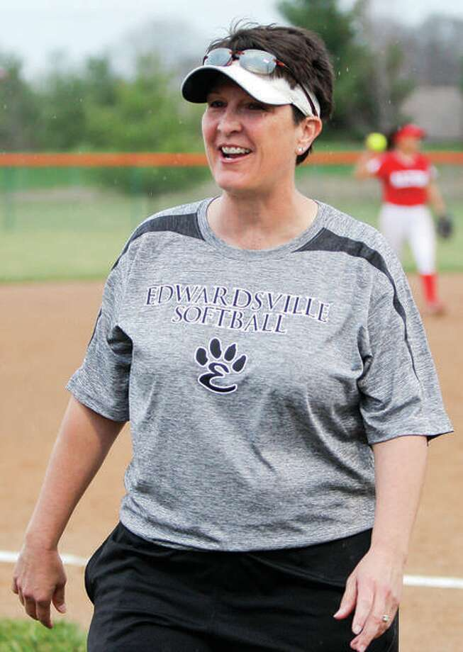 Lori Blade earned career coaching victory No. 700 Monday when her Edwardsville Tigers defeated Highland 3-2. Photo:       Telegraph File Photo