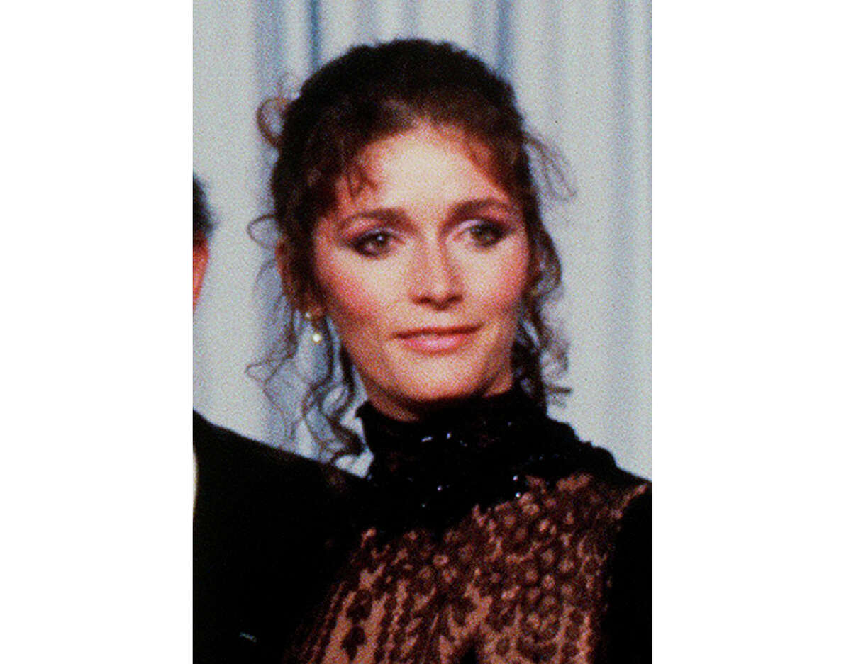 """FILE- This 1981 file photo shows actress Margot Kidder. Kidder, who starred as Lois Lane in the ?""""Superman?"""" film franchise of the late 1970s and early 1980s, has died. Franzen-Davis Funeral Home in Livingston, Montana posted a notice on its website saying Kidder died Sunday, May 13, 2918, at her home there. She was 69. (AP Photo, File)"""