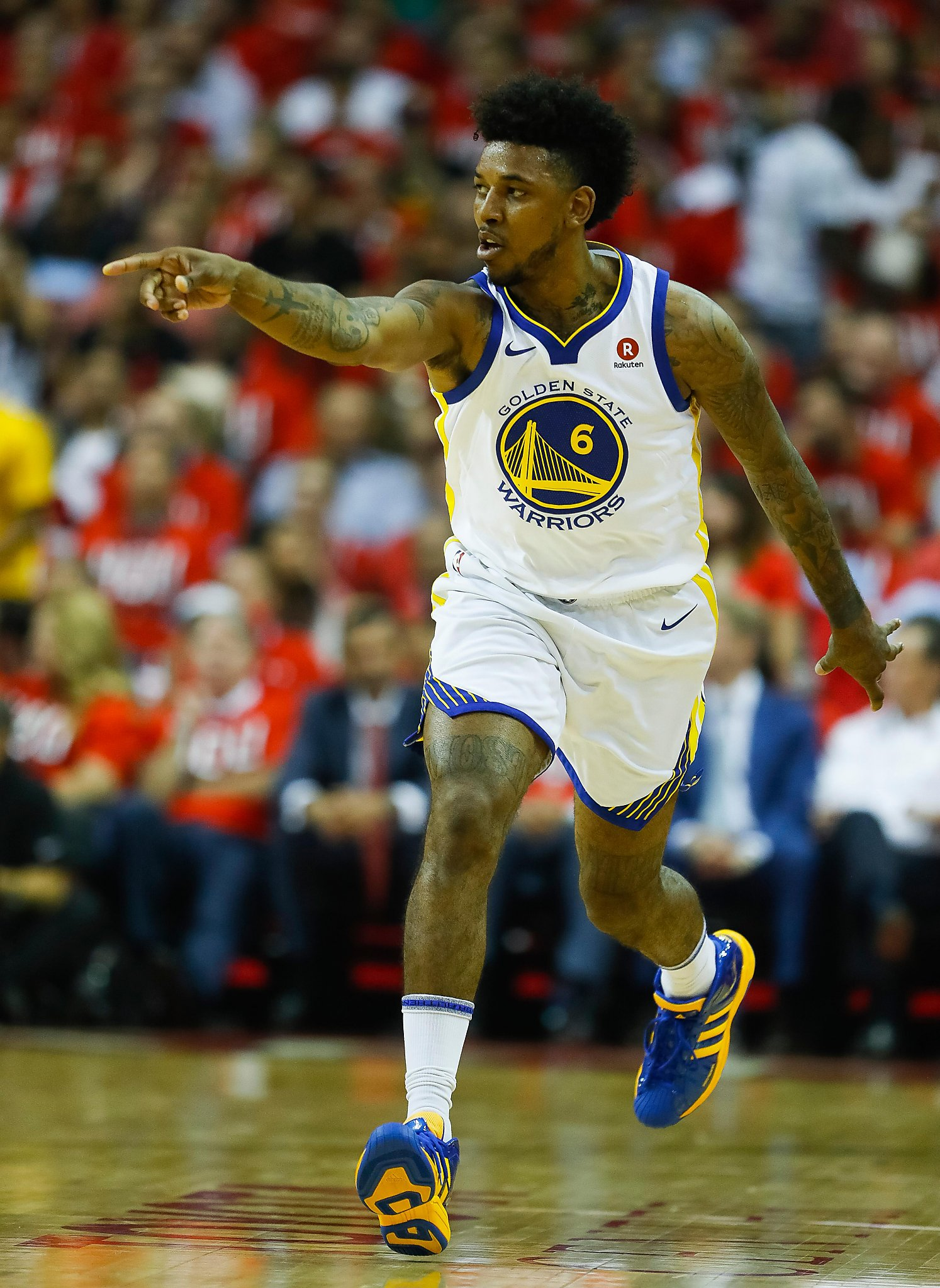 Nick Young Provides Lift Off Bench In Warriors Game 1 Win Over Rockets Sfchronicle Com