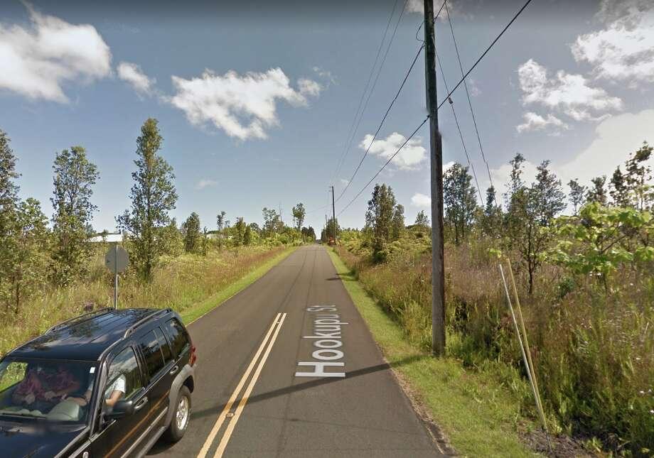 BEFORE: Hookapu Street near Pahoa, Hawaii in September 2011. Photo: Google Maps