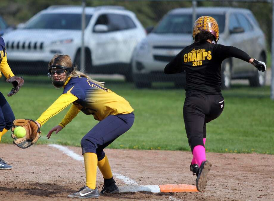 Deckerville at North Huron — Baseball/Softball 2018 Photo: Mike Gallagher/Huron Daily Tribune