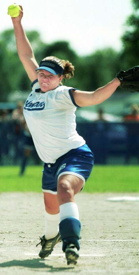 Coleman's Adrien Fletcher delivers a pitch against Rogers City during the 2001 state quarterfinals. (Daily News file photo)