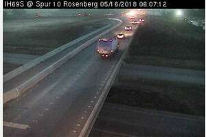 A wreck on I69 near Rosenberg is  expected to shut down traffic for hours this morning.