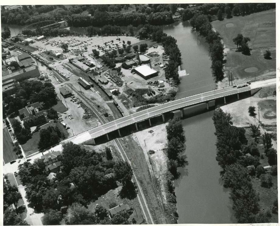 Click for throwback aerial Midland photos: M20 bridge. Date unknown. Photo by James J. Dion Photo: Daily News File Photo