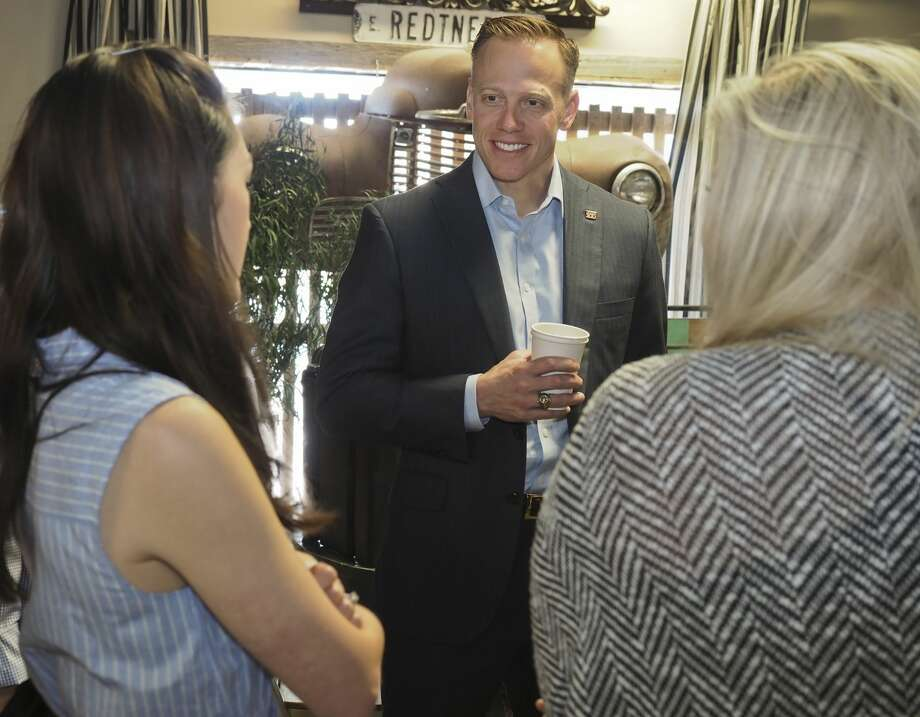 Texas Railroad Commissioner Ryan Sitton talks with area residents 05/16/18 at Brew St. Bakery. Tim Fischer/Reporter-Telegram Photo: Tim Fischer/Midland Reporter-Telegram