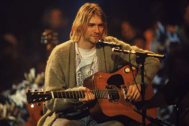 American singer and guitarist Kurt Cobain (1967 - 1994), performs with his group Nirvana at a taping of the television program 'MTV Unplugged,' New York, New York, Novemeber 18, 1993. (Photo by Frank Micelotta/Getty Images)