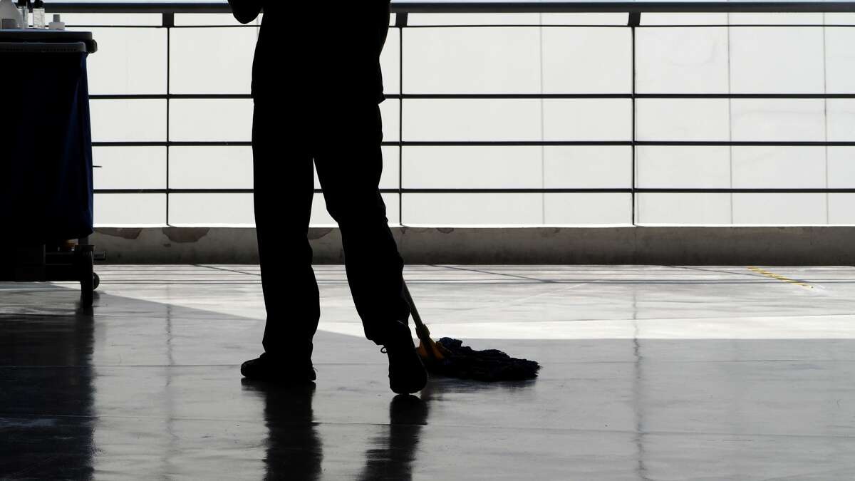 Floor technician (custodial staff) Estimated U.S. Salary: $11.71/hourEstimated Bay Area Salary: $16.07/hour