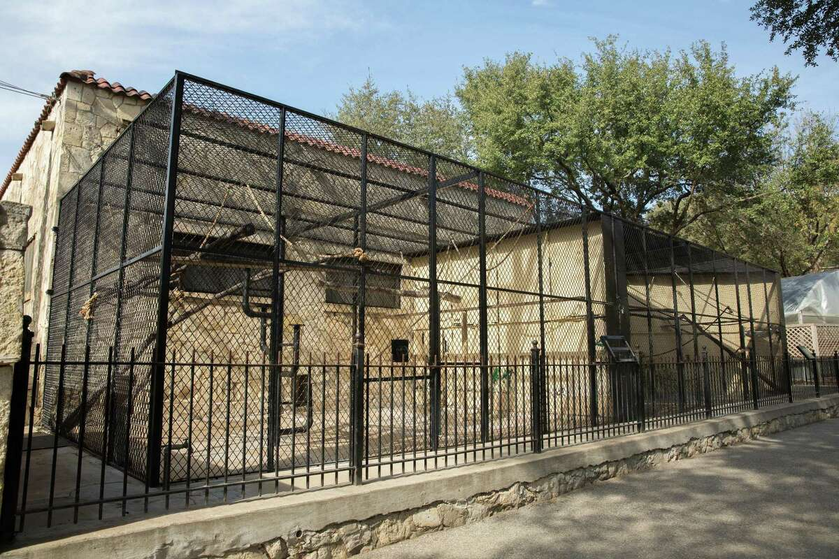 The San Antonio Zoo's Monkey House building has featured more than 16 monkey species for more than 60 years. The zoo plans toclose the building for a makeover as part of an ongoing habitat renovation project.