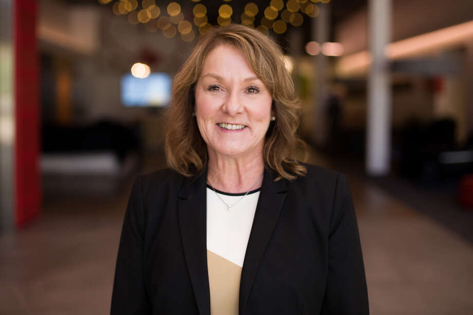 Thirty-year retail veteran Lorie Silva has joined Mattress Firm as chief merchandising officer. Photo: Mattress Firm