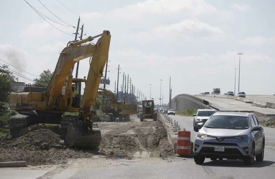 Construction work is shown along the westbound frontage road of U.S. 290 near Mueschke Road on May 16 in Cypress. Photo: Melissa Phillip,  Staff / Houston Chronicle / © 2018 Houston Chronicle