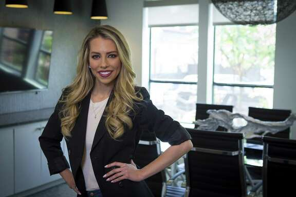 """Sportscaster Lindsay McCormick, a native Houstonian, is working on a new series called """"Elevator Pitch."""" Photographed Thursday, May 10, 2018, in Houston. ( Mark Mulligan / Houston Chronicle )"""