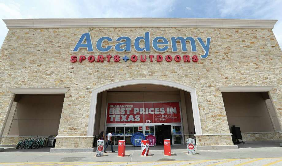 Academy Sports + Outdoors, 9734 Katy Freeway at Bunker Hill, photographed Thursday, June 1, 2017, in Houston. Academy Sports + Outdoors, a sports, outdoor and lifestyle retailer with more than 230 stores in 16 states, is one of Houston's largest private companies. ( Steve Gonzales  / Houston Chronicle ) Photo: Steve Gonzales, Staff / Houston Chronicle / © 2017 Houston Chronicle