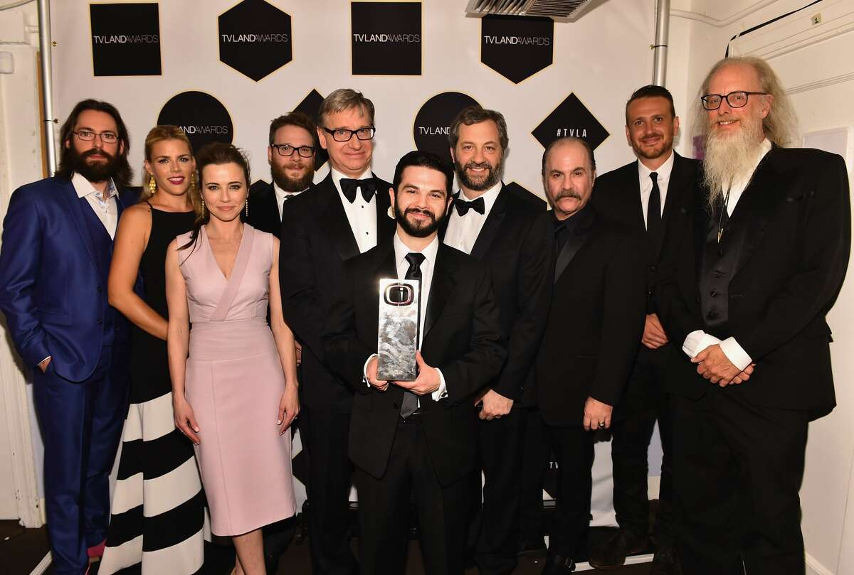 (L-R) The cast of Freaks and Geeks actors Martin Starr, Busy Philipps, Linda Cardellini, Seth Rogen, creator Paul Feig, actor Samm Levine, director Judd Apatow, actors Steve Bannos, Jason Segel and Dave Allen pose backstage during the 2015 TV Land Awards at Saban Theatre on April 11, 2015 in Beverly Hills, California.