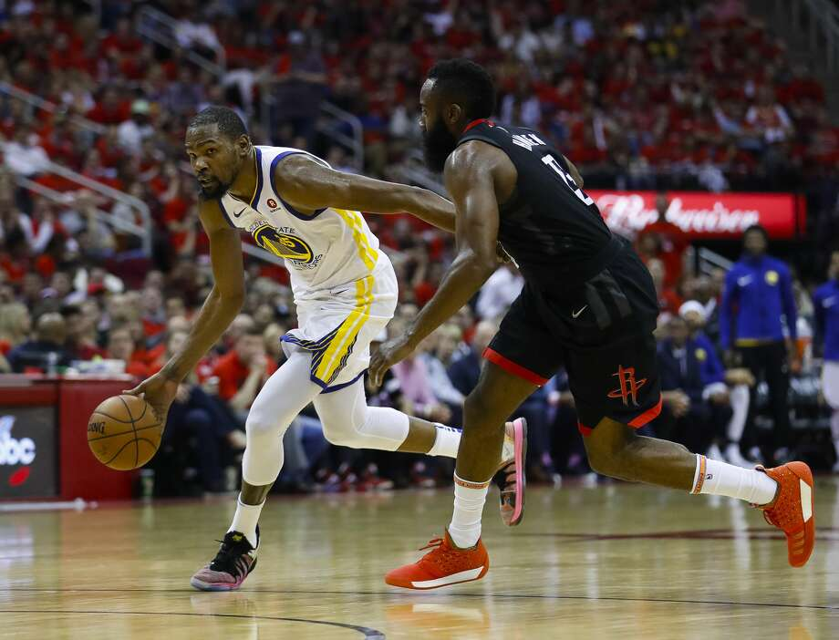 """NBA TV analyst Isiah Thomas says the current era featuring stars such as James Harden (right) and Kevin Durant is one that will make fans """"look back kindly on this generation."""" Photo: Michael Ciaglo/Houston Chronicle"""