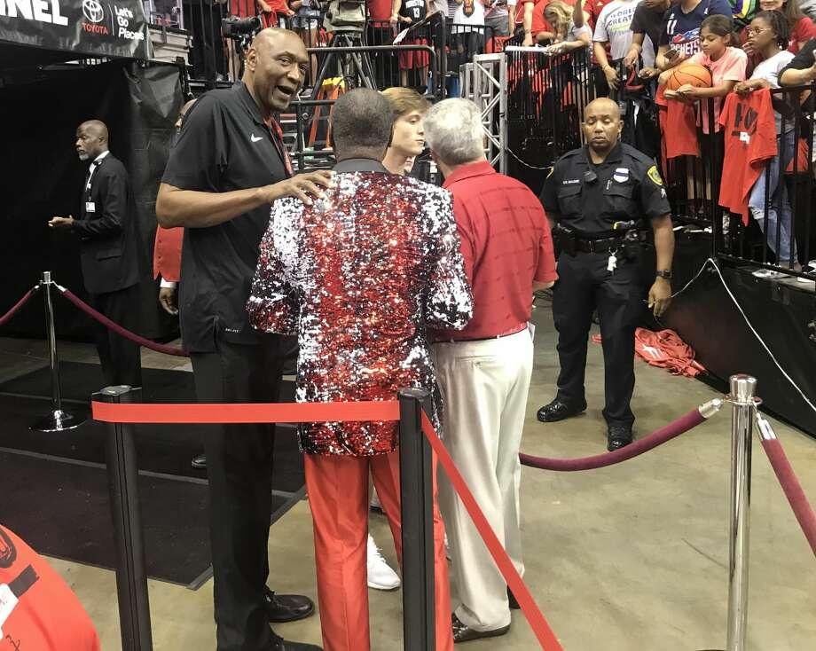 Lil Wayne among celebrites at Rockets-Warriors game - Houston Chronicle