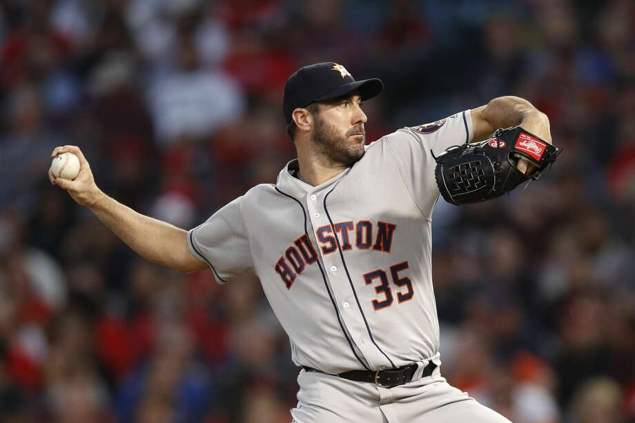 Astros ace Justin Verlander reached the 2,500 strikeout mark for his career during Wednesday's win over the Angels. Photo: Jae C. Hong/Associated Press