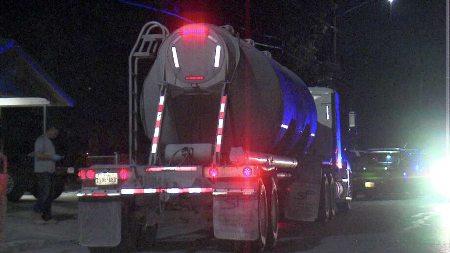 The suspects stole the big rig around 4 a.m. at a Pilot Truck Stop near Interstate 37 and Loop 1604. Photo: Ken Branca
