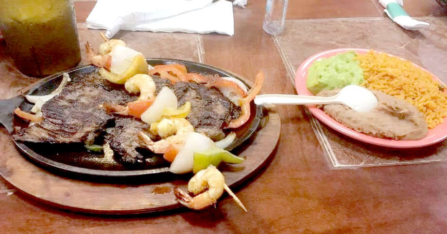 The parrilladas come with a lil' something extra.