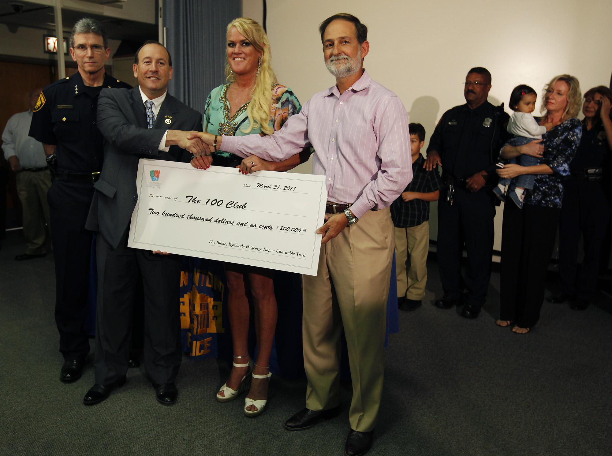 Local Philanthropist Bears Gifts Totalling 800 000 San Antonio Express News