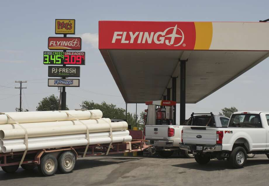 FILE PHOTO: Gas prices are rising in the Permian Basin, with prices topping $3.09 05/17/18 at the FlyingJ on Hwy 158 near I-20.05/17/18 Tim Fischer/Reporter-Telegram Photo: Tim Fischer/Midland Reporter-Telegram