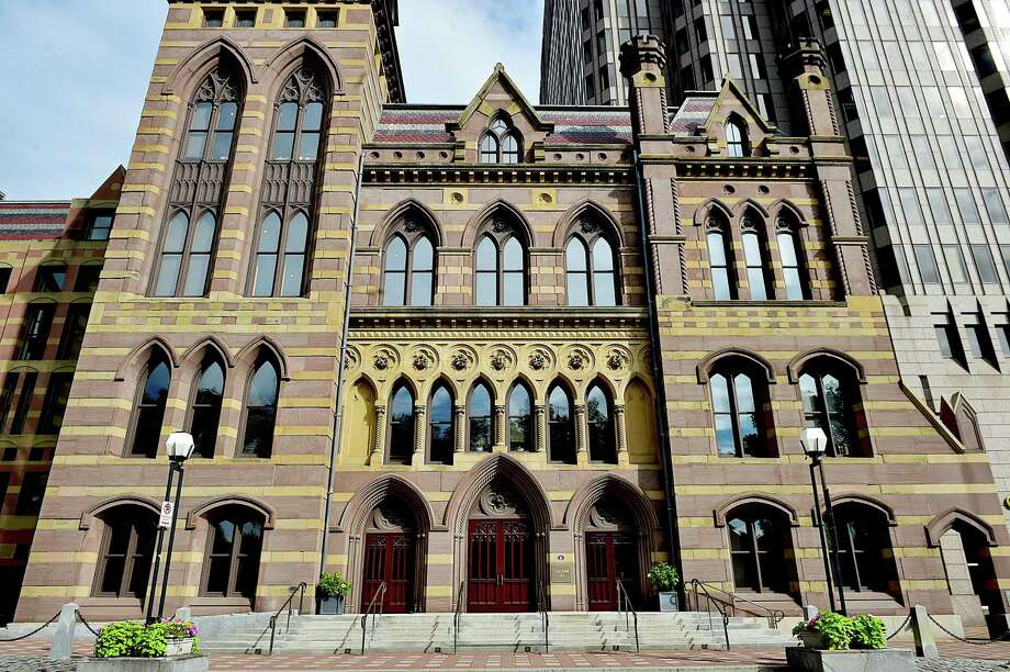(Catherine Avalone - New Haven Register)  New Haven City Hall on Church Street, Friday, August 21, 2015. Photo: Catherine Avalone / New Haven RegisterThe Middletown Press