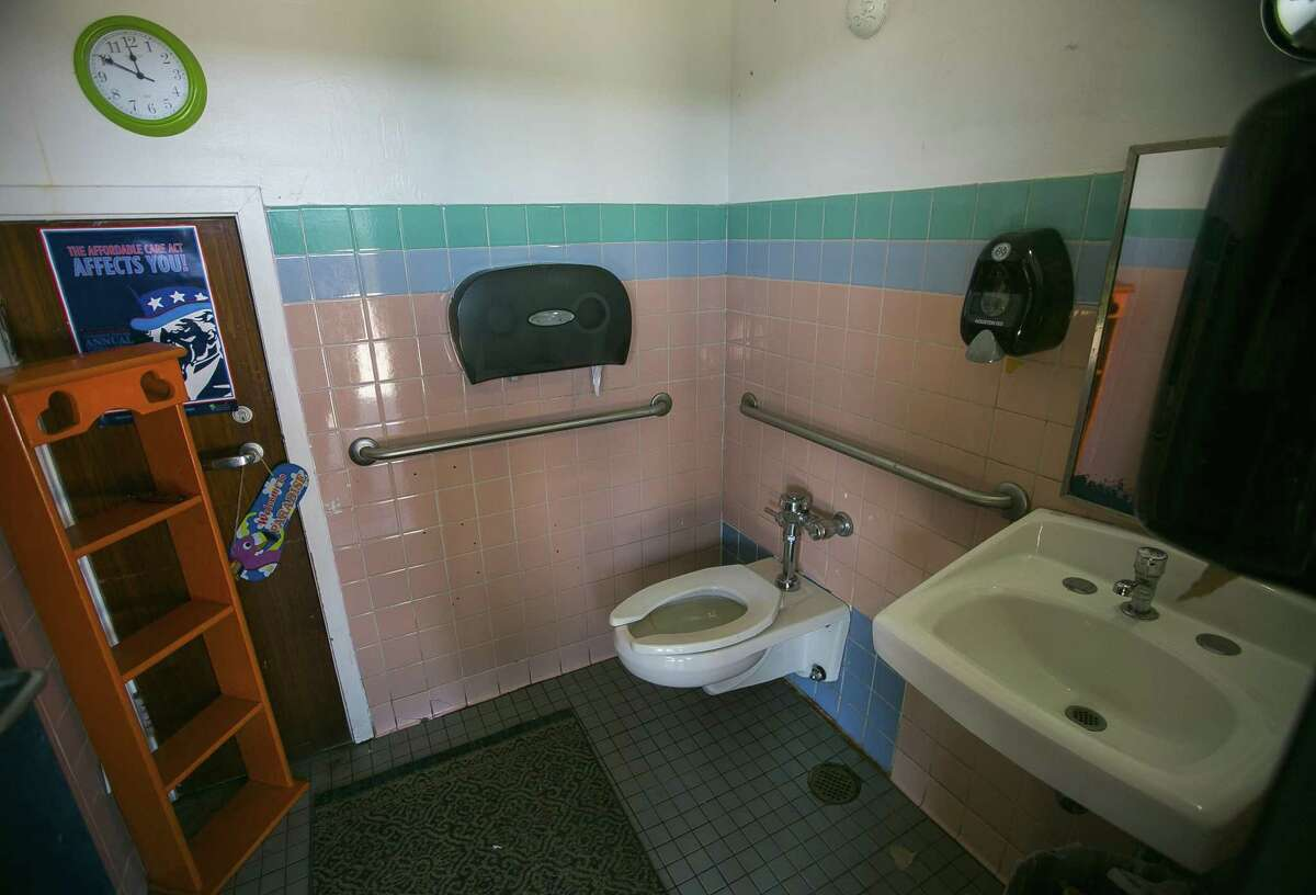 One of the faculty restrooms at Kelso Elementary School, Thursday, May 17, 2018, in Houston. The restroom lacks air conditioning and a vent. Houston Independent School District administrators are making an initial recommendation that the district seek a $1.7 billion capital projects bond vote in May 2019 that would help replace schools like Kelso. ( Mark Mulligan / Houston Chronicle )