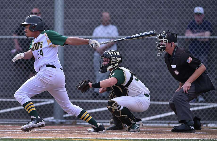 Notre Dame-West Haven defeats Hamden, 11-5,  Friday, May 11, 2018, at Hamden High School. Photo: Catherine Avalone / Hearst Connecticut Media / New Haven Register