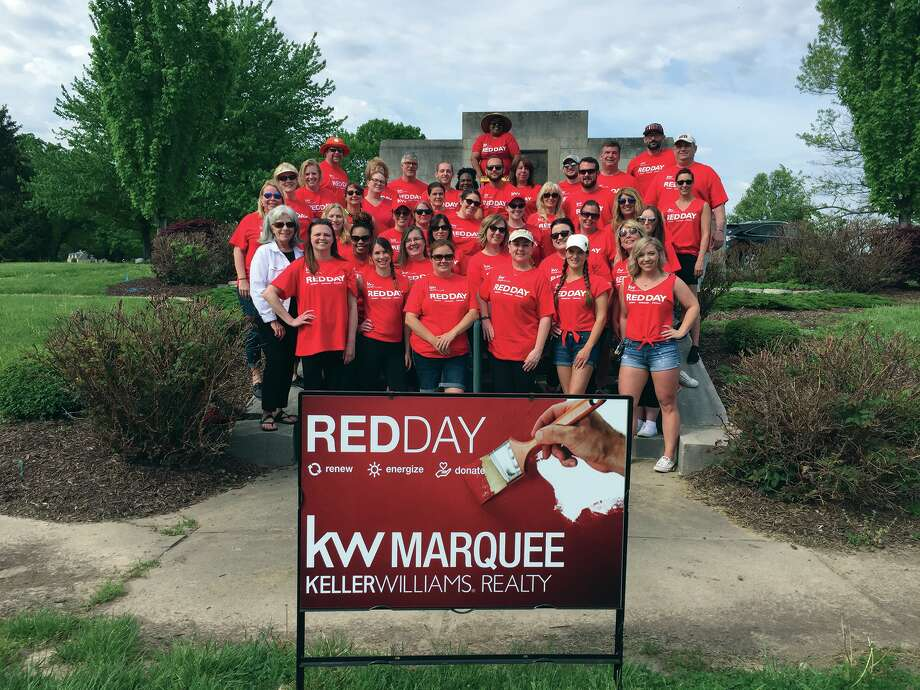 The Keller Williams RED Day crew at the Edward Coles State Monument off Route 157.