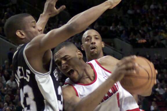 Steve Smith, battling former Spur and future teammate Antonio Daniels in 2001, said the Spurs might not have a choice to trade Kawhi Leonard if Leonard and his representatives don't want to be in San Antonio.