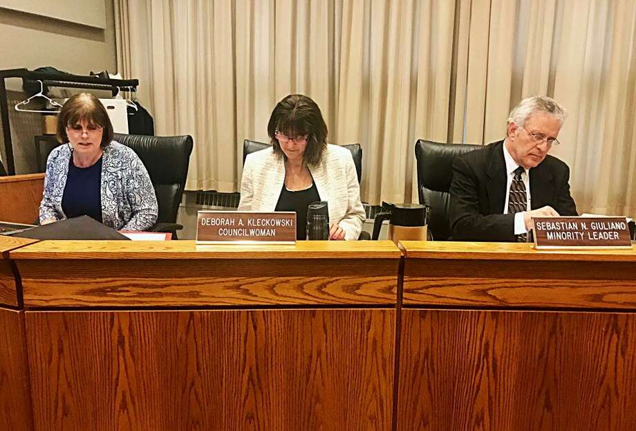 From left, Middletown Common Council clerk Linda Reed, Councilwoman Deborah Kleckowski and Councilman Sebastian N. Giuliano review amendments members proposed for Mayor Dan Drew's suggested spending package. Photo: Cassandra Day / Hearst Connecticut Media