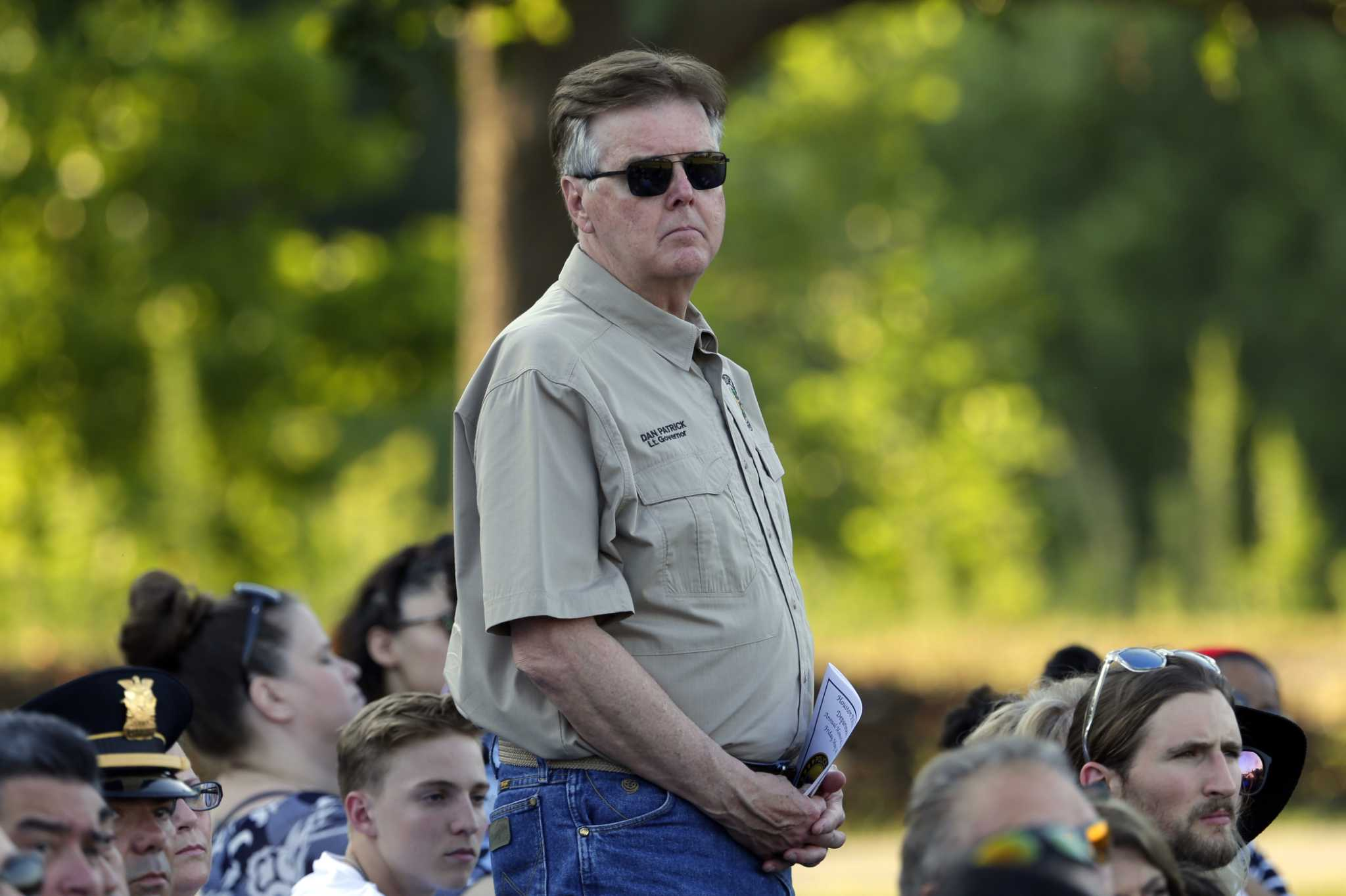 Lt. Gov. Dan Patrick blames video games, advocates arming teachers after Santa Fe shooting