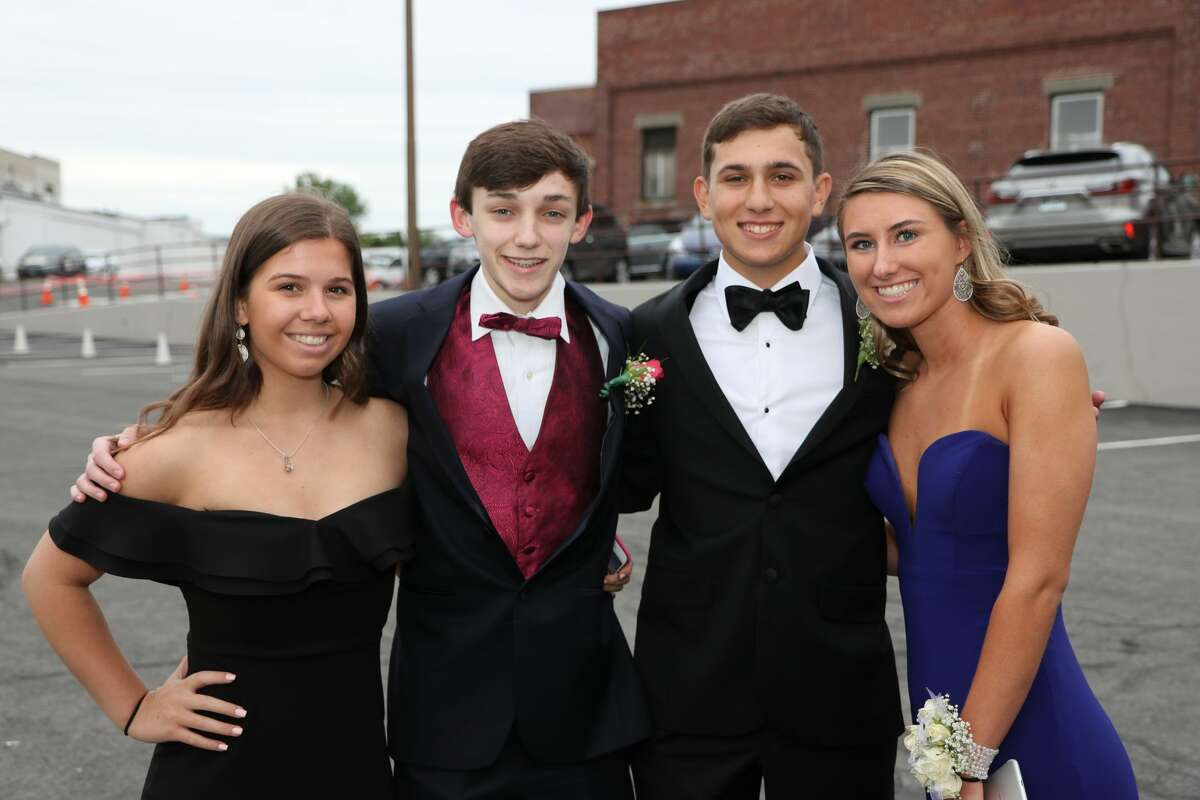 Darien High School held its junior/senior prom at the Loading Dock in Stamford onMay 18, 2018. The senior class graduates onJune 21. Were you SEEN at prom?