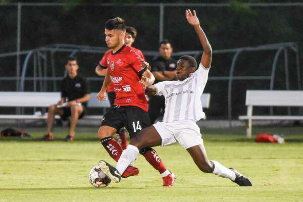 The Laredo Heat took down Midland-Odessa Sockers FC 3-1 last Thursday and Houston Regals SCA 1-nil on Saturday to improve to 3-0.