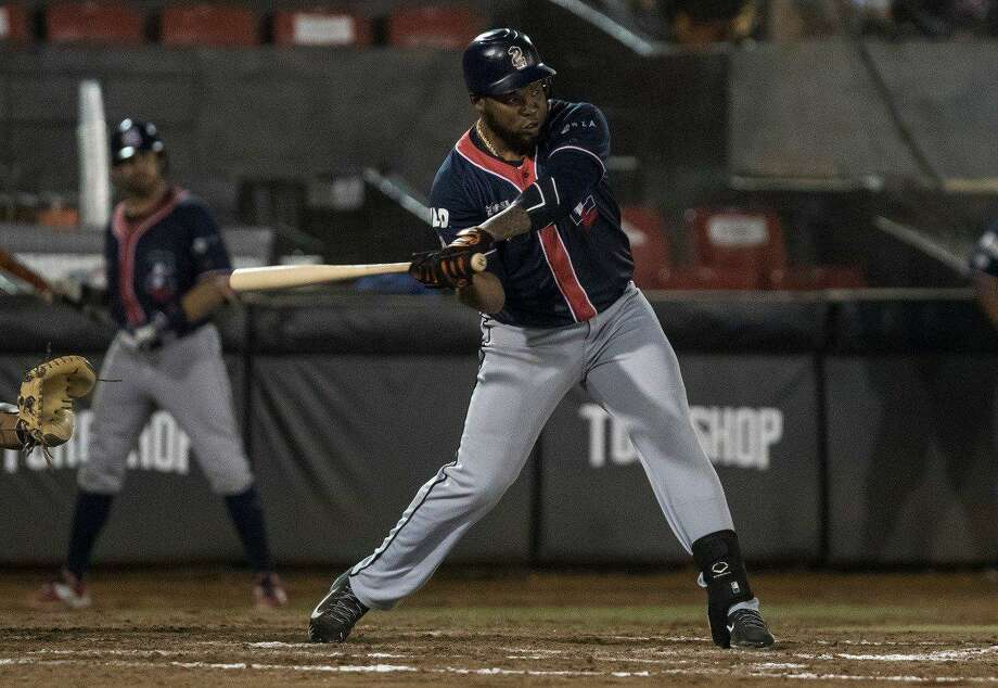 Right fielder Yeison Asencio was 1-for-4 in the Tecolotes Dos Laredos' 12-4 loss at Toros de Tijuana on Friday to begin their three-game road series. Photo: Courtesy Of The Tecolotes Dos Laredos
