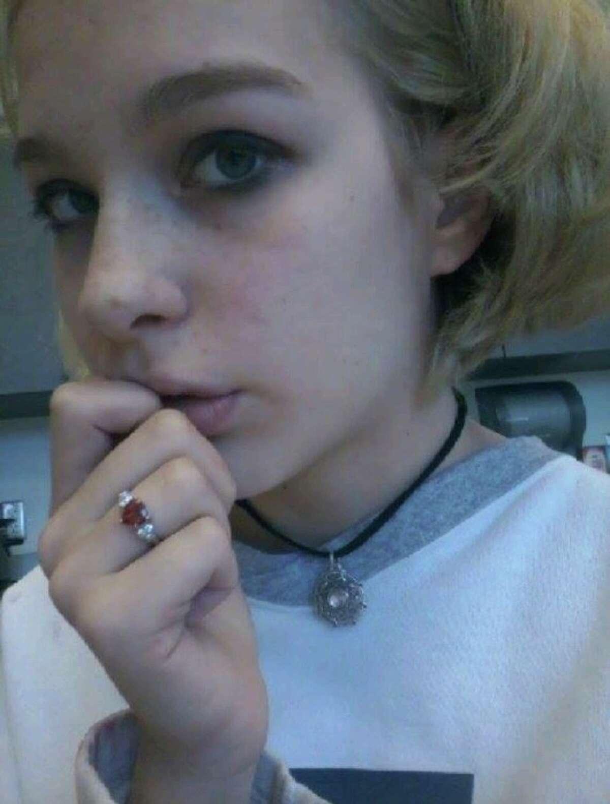 Shana Fisher, 16.