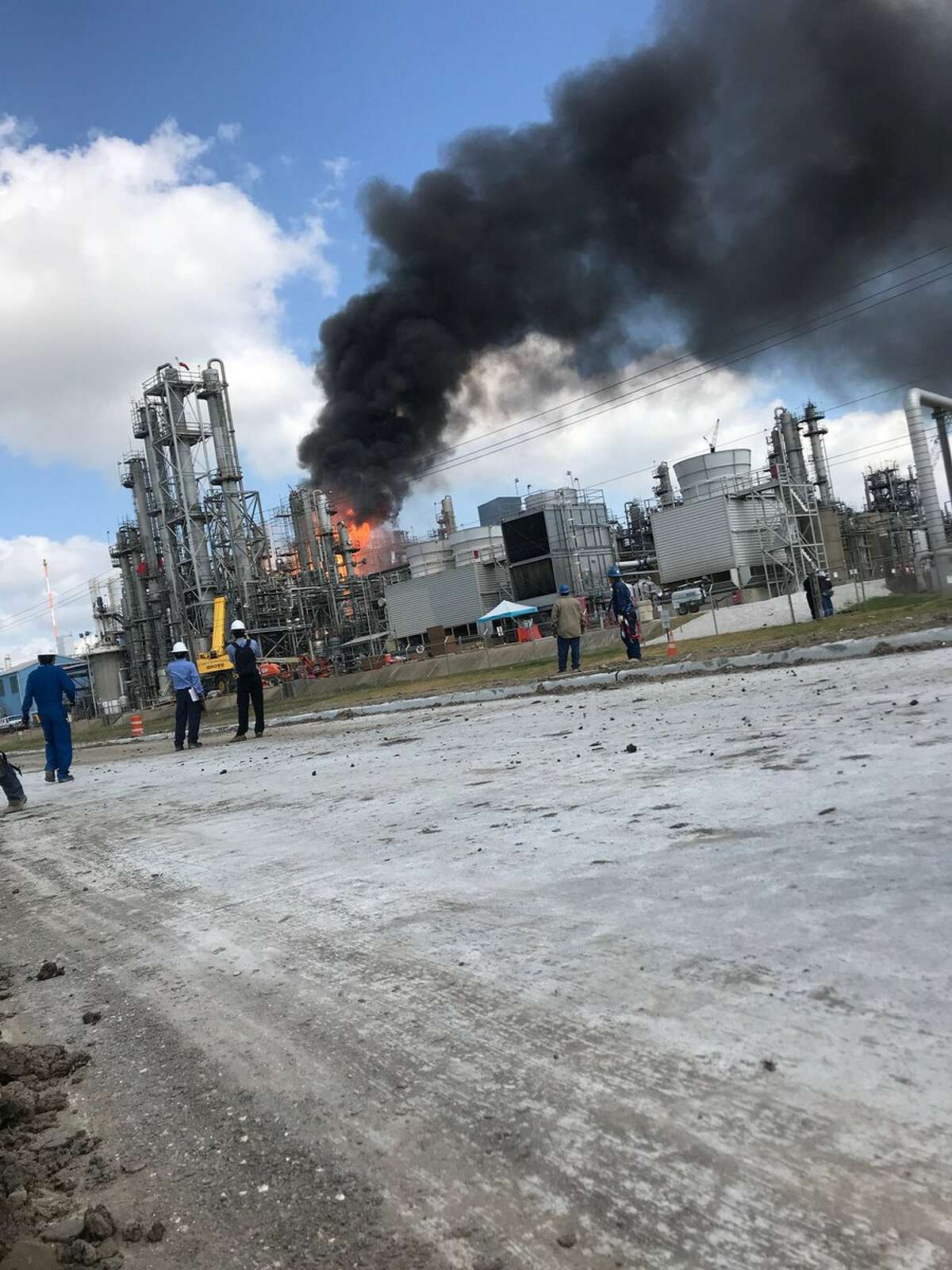Explosion at Kuraray America EVAL Photo: @thelangleylife