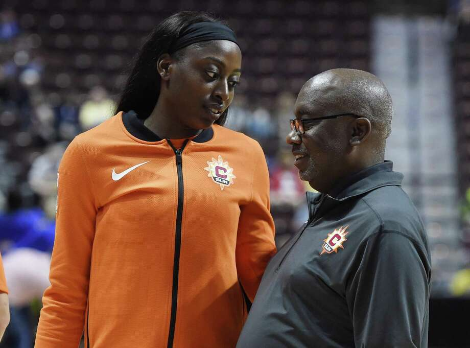 Chiney Ogwumike, left, and the Connecticut Sun open their season today against Las Vegas. Photo: Associated Press File Photo / AP2018
