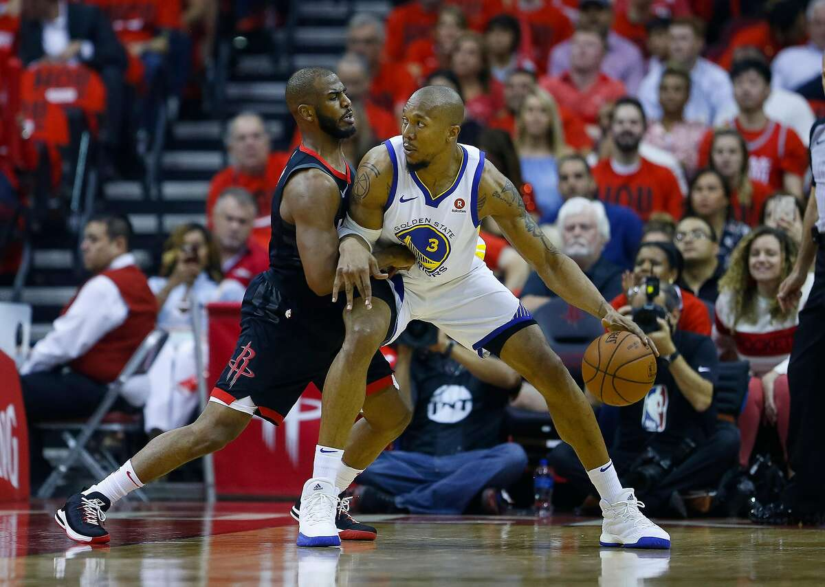 Houston Rockets guard Chris Paul (3) defends Golden State Warriors forward David West (3) during the first half of Game 2 of the Western Conference Finals at the Toyota Center, Wednesday, May 16, 2018, in Houston. ( Michael Ciaglo / Houston Chronicle )