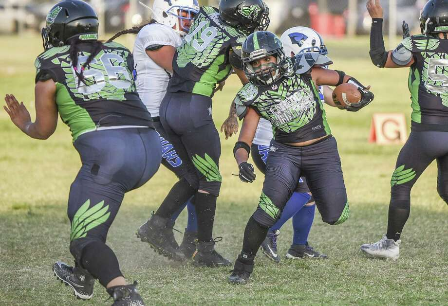 The Laredo Phantasy (2-5) opened their three-game road trip with a 38-14 loss at the Rockport Her-ricanes (5-1-1) on Saturday night. Photo: Danny Zaragoza /Laredo Morning Times File