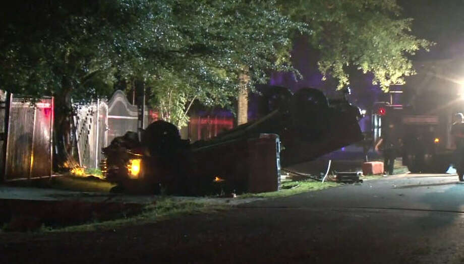A man was killed overnight in a wreck on Hamblen. Photo: Metro Video